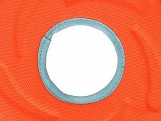 Chuckit 18100 Medium Chuckit! Zipflight Frisbee Dog Toy, Colors may vary