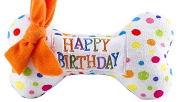 Haute Diggity Dog Yip Yip Hooray Collection | Unique Squeaky Plush Dog Toys – Celebrate with Pupcakes!