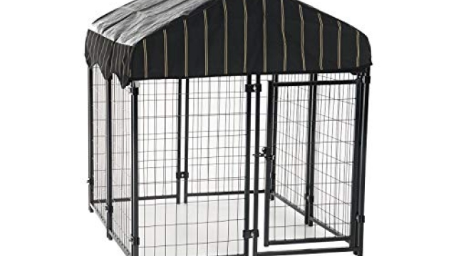Lucky Dog Pet Resort Kennel with Cover (52″H x 4'W x 4'L)